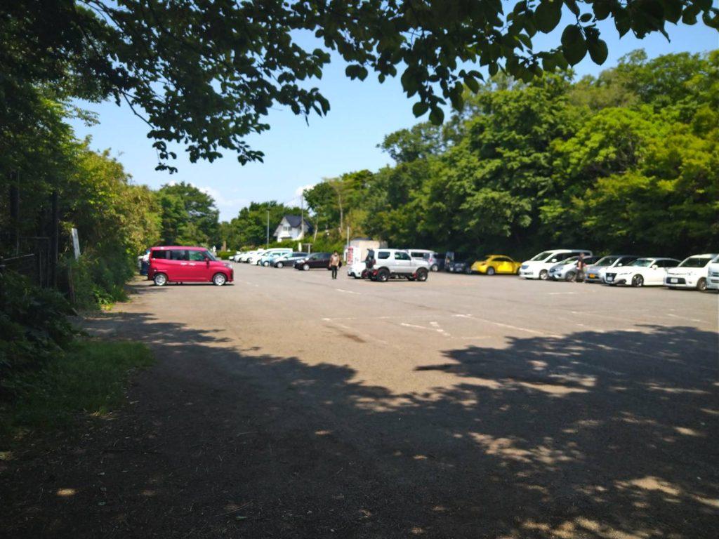 湘南平の駐車場