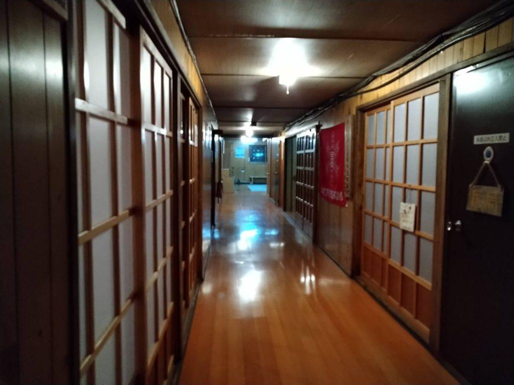 白馬山荘の廊下